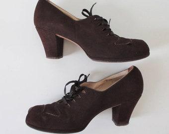 Vintage 30's 40's Brown Suede Lace Up Peep Toe Heels Shoes 8