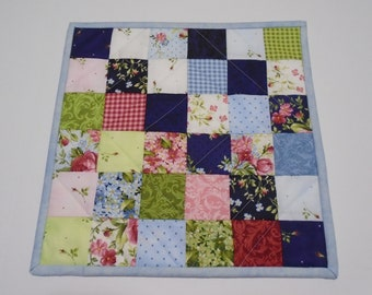 Quilted Table Topper Spring Flowers, Floral Mini Quilt, Patchwork Quilted Candle Mat, Pastel Table Mat, Feminine Bedroom Decor, Table Runner