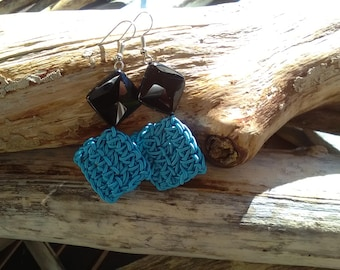 Cotton turquoise earrings with faceted black agate rumble.