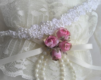 Choker Vintage Inspired White Thread Crochet Adjustable Handmade Seen At Martha Stewart Wedding Party handcraftusa