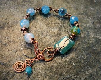 Gemston bracelet, Copper bracelet, Blue bracelet, Wire wrapped braselet, Agate bracelet, Semiprecious jewelry