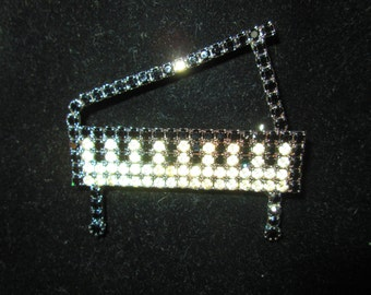 Fantastic Grand Piano Pin Brooch Black and White Rhinestones Plated on back side