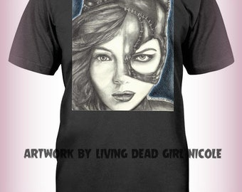 "Portrait T-Shirt : ""9 Lives"" - Camren Bicondova Michelle Pfeiffer Catwoman Selina Kyle Gotham City Batman Villain"