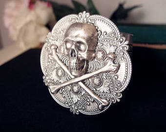 Malaina-- Powerful gothic skull sterling silver plated sturdy multi layer cuff/bangle S028