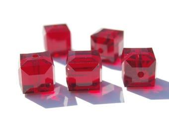 2 cubes 6 mm Ruby Swarovski