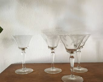 set of 4 starburst cut crystal wine glasses. faceted glass cordial cocktail glasses. glam star mid century stemware hollywood regency boho