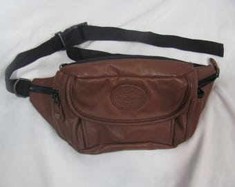 Vintage 80s/90s Brown Cute Fanny Pack / Travel Bag / Money Pouch / Vacation Bag / Waist Purse