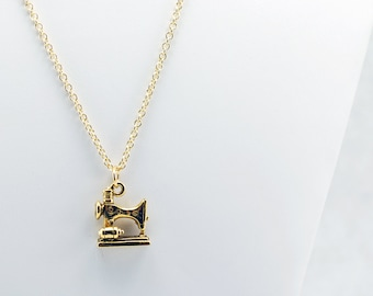 Gold Sewing Machine Necklace - Seamstress Necklace, Sewing Machine Jewelry, Tailor Necklace, Clothing Designer Necklace, Cosplay Necklace