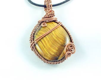 Tigers eye pendant, wire wrapped pendant, antiqued copper pendant, wire jewellery, Tigers Eye, crystal jewellery, boho jewellery.