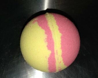 Black Raspberry Vanilla Glitter Bath Bomb