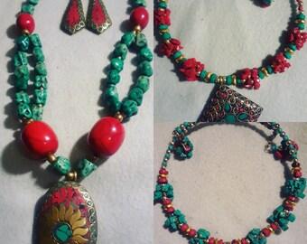 Brass & Stones Necklace Set