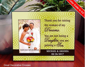Wedding Gift for Parents from Bride and Groom - Thank You for Raising the Woman of My Dreams - Photo Frame - Mother of the Bride, FWA018