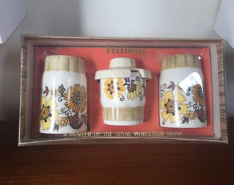 Floral patterned Palissy Royal Worcester condiments set in original box 1970's