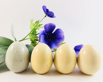 Set of 4 Ceramic farmhouse eggs, farmhouse decor, farmhouse kitchen decor, farm eggs
