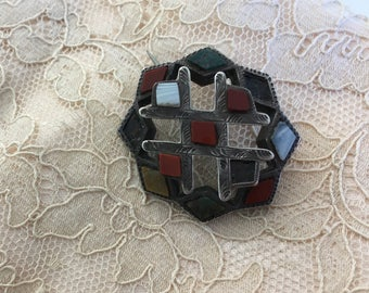 "Vintage 40's  ""SILVER BROOCH""  -  Unique Geometric Style"