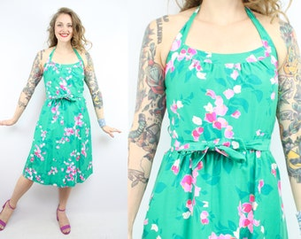 Vintage 70's Green and Pink Floral Halter Sun Dress / 1970's Cotton Summer Dress / Pockets / Women's Size Small - Medium