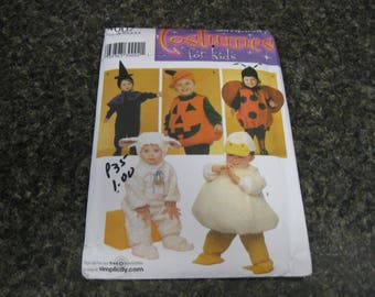 Simplicity 2006 Costumes sewing pattern for Kids.Lamb,Witch, Duck,Lady Bug and Pumpkin.Size 1/2,1,2,3,4,.New factory folded.