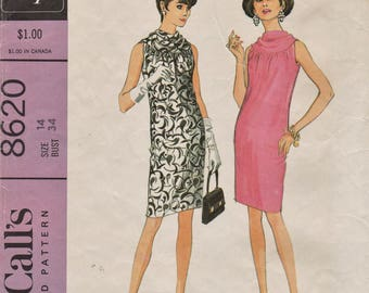 McCalls 8620 / Vintage 60s Sewing Pattern / Sleeveless Dress / Size 14 Bust 34