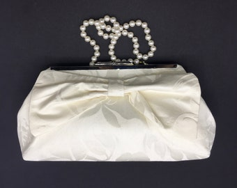 Ivory clutch, off white clutch, bow clutch, wedding clutch, bride clutch, formal clutch, evening bag, one of a kind