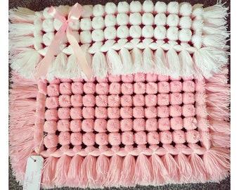 Pink & White pompom turnover blanket