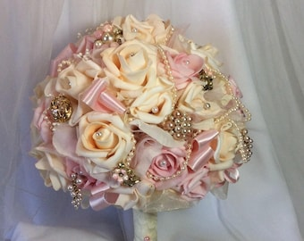 Pink wedding Bridal Flowers-Pink Brides Flowers-Pink Flower Bouquet-Bridal Brooch Bouquet-Boho Bride-Boho Wedding Flowers-Pink Bride Bouquet