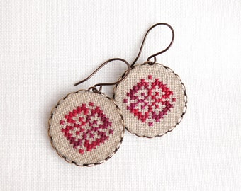 Cross stitch earrings Ethnic ornament in melange red e010
