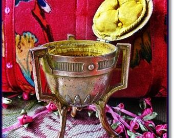 French Trinket Box,Jewelry Casket,Vintage French Gilt Metal Box, Antique French  Box,  Antique Boudoir Box, French Jewelry Box