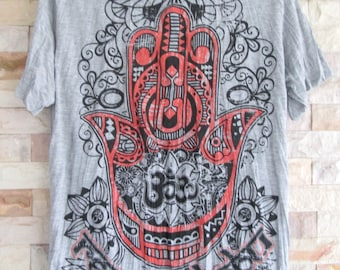 Size L // Hamsa Hand of Fatima Ohm Buddha T-Shirt Soft Comfy Preshrunk Cotton Boho T-Shirt