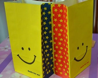 A Set of 16 Japanese Kraft Gift Bags - Smile For me