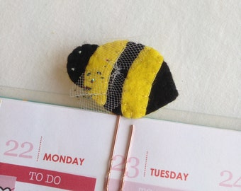 Felt Paperclip - Bee - Planner - Bookmark ~~ Erin Condren / Filofax / Kikki K / Happy Planner