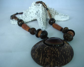 Geometrical wooden coconut beads  pendant necklace - Brown, beige beads, pearls, tubes-  - gift idea - fashion jewelry -
