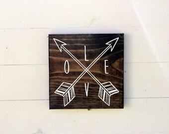 Love Arrow Rustic Entryway Sign | Love Sign | Housewarming | Entryway Sign | Boho Chic | Follow Your Arrow Gift under 25 |