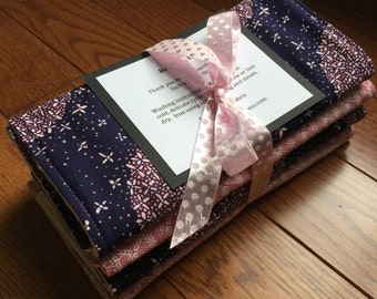 Organic Burp Cloth - Set of 2 Burp Cloths - Baby Gift - Baby Girl - Made to Order- Purple Pink Modern print - Modern Baby girl - ecofriendly