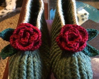 Coming up Roses Crochet Women's Slippers