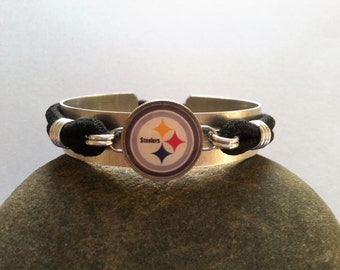 Pittsburgh Steelers Charm Dime Stretch Bracelet one size fits most Football