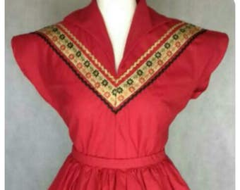 Vintage 1950s style patio top. Long sleeve or short sleeve. Made to order. Choose your colour and braid.
