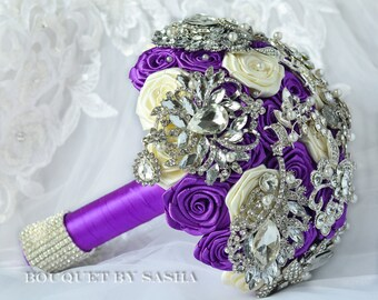 Purple and Ivory wedding brooch bouquet, Brooch bouquet, Silver jewelry Bouquet, Bridal Bouquet, Rhinestone Bouquet, Luxury Bouquet, Ivory