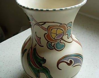 honiton vase
