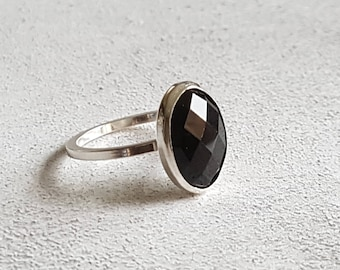 Black Agate Ring - Stacking Ring - Stackable Ring - Statement Ring - Gemstone Ring - Cabochon Ring - Solitaire Ring - Silver Ring - Jewelry