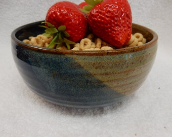"""Stoneware Pottery Cereal/ Ice Cream Bowl. Approx. 6"""" dia. x 2-3/4"""" tall. Holds 3 cups."""