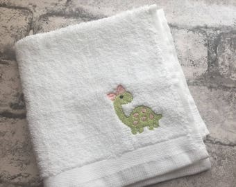 Childrens personalised embroidered washcloths facecloths flannels