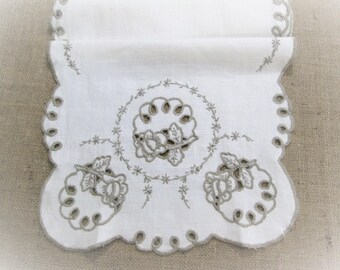 Vintage Table Runner Dresser Scarf Embroidered White Antique Linen Hand Embroidery Vintage Table Linens Cutwork Cottage Decor Vintage Linens