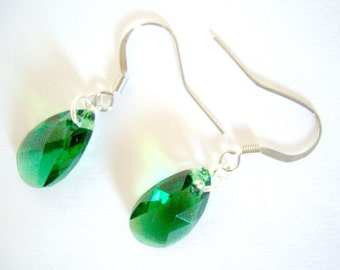 Green Swarovski Earrings, Swarovski Earrings, Swarovski Pear Earrings