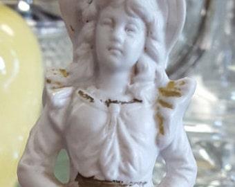 Antique Frontier Girl 4011 Porcelain Figurine