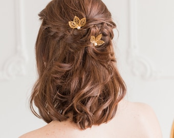 Gold leaf and pearl wedding hair pins (x3), Leaf bridal accessories, Leaf wedding hair pins, Gold leaf wedding hair pins