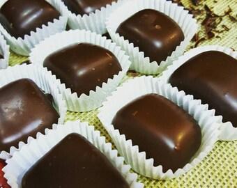 Cinnamon Caramels in Dark Chocolate (10pc)