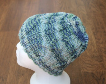 Child's blue gray cable knit hat