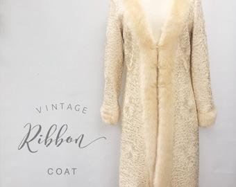 Vintage ivory ribbon coat with faux fur trim - Sue Wong off white iridescent floral pattern silk ribbon coat - medium