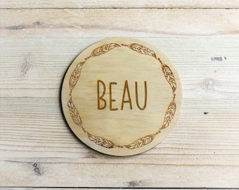 Custom Wooden Name Plaque - Feather Wreath