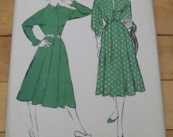 FREE SHIP 1941 Hollywood Pattern - 731 - Dress - Size 16, Bust 34